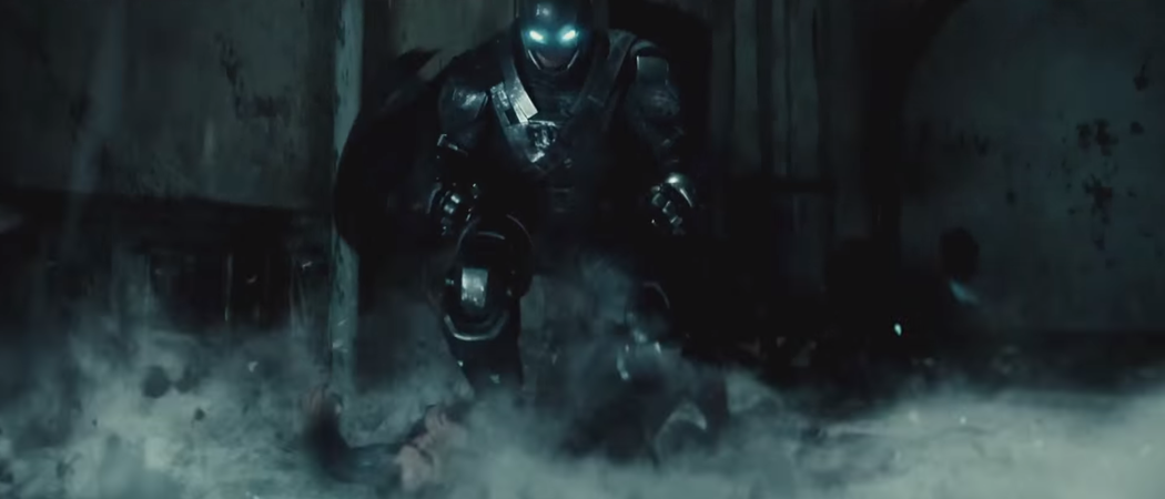 rsz_batman-pearching-with-rifle-from-batman-v-superman-dawn-of-justice-batman-land-armor